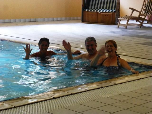 Jen, Gordon & Sue