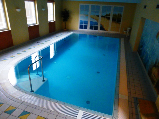 The hotel has a pool, sauna etc