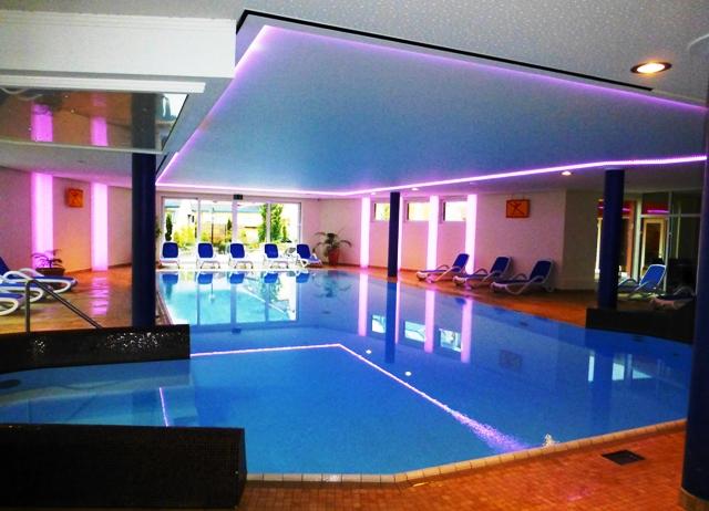 Hotel Pool & Sauna