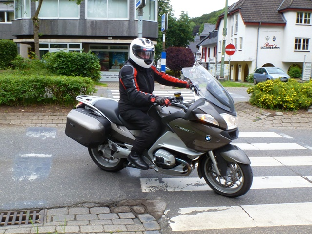 Bruce on his BMW R1200RT