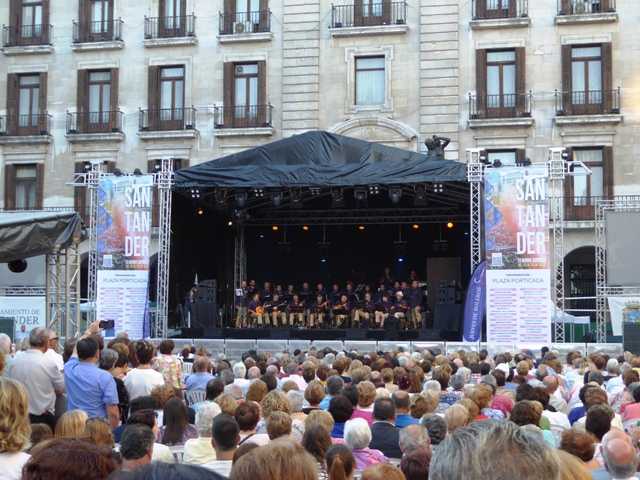 in Santander we're treated to a free concert