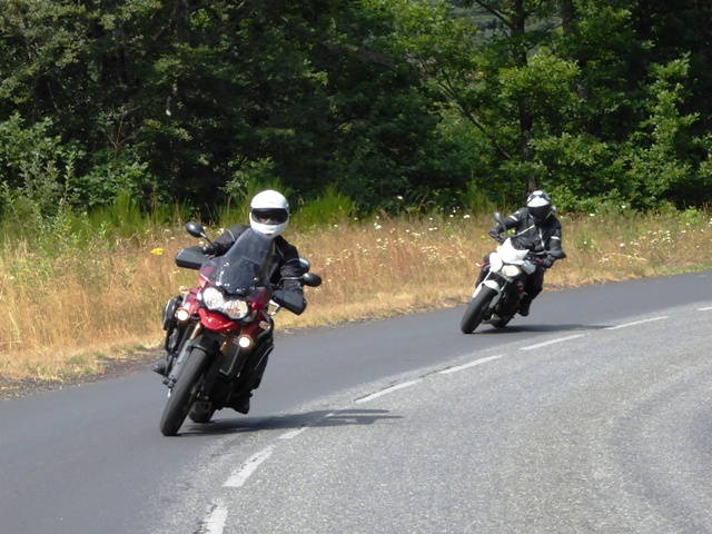 Rees (Explorer) with Ian (Street Triple)