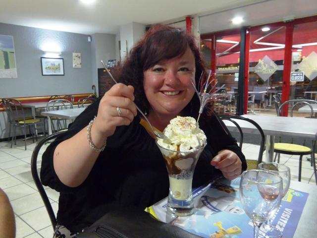 Audrey chooses a huge dessert