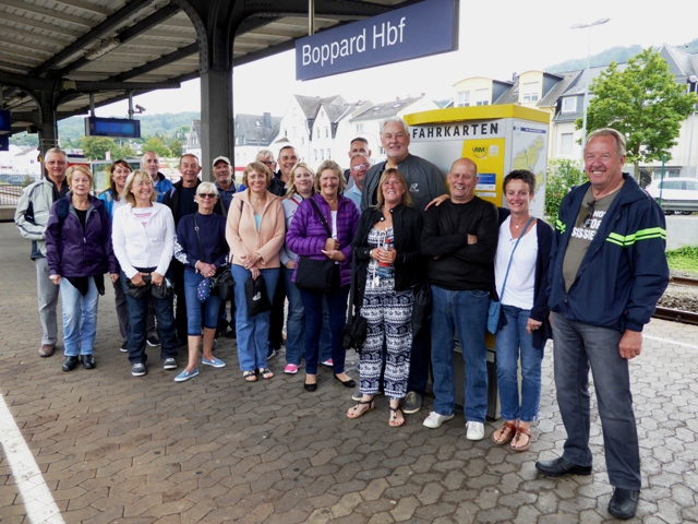 The next day many take the train to Rudesheim