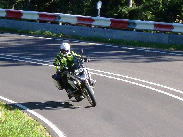 Chris N - BW R1200 GS