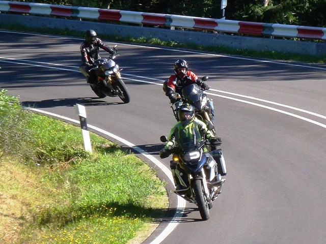 Vince BMW R1200 GS with Rich & Jamie