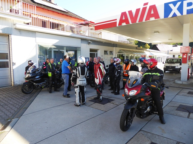 We fill-up before riding the B500
