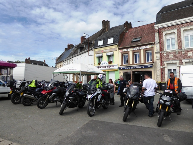 Final coffee stop where some leave for Calais