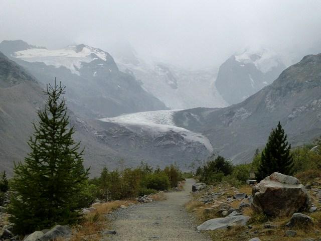 We get closer to the Glacier