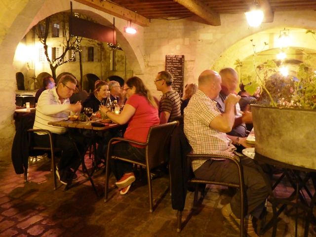 Most dine out in Uzes