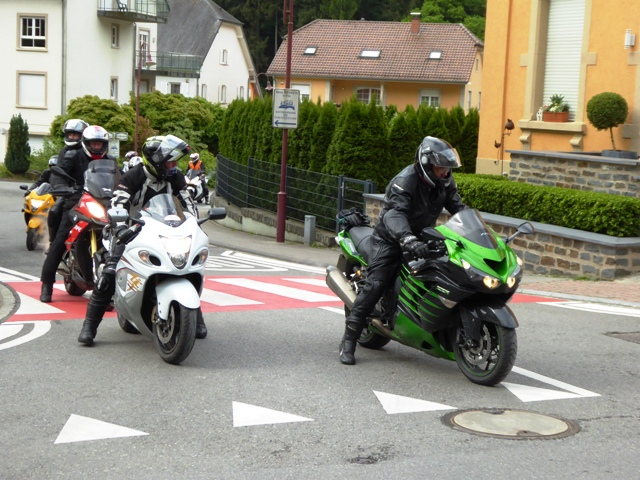 Steve K on his Kawasaki ZZR1400