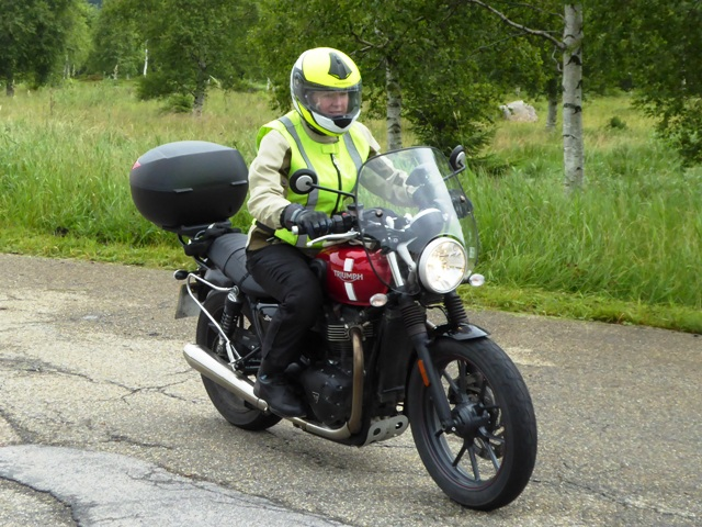 Lynne on her Street Twin