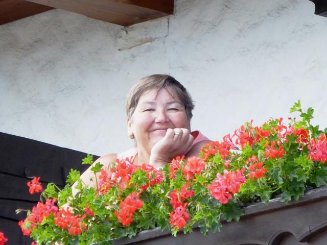 Jen S on her balcony