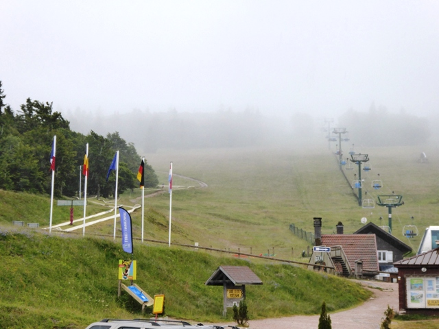 Rain in the Vosges closes the surprise