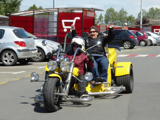 Di has a go driving the Trike!