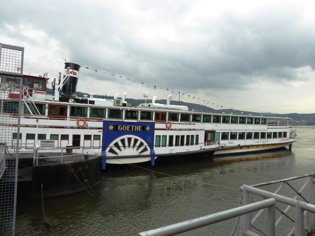 We take the paddle steamer back to Boppard