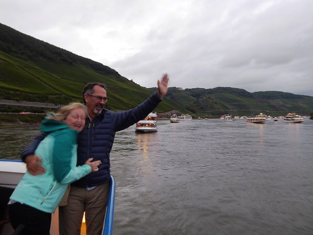 Noel & Ann think they're on the Titanic!