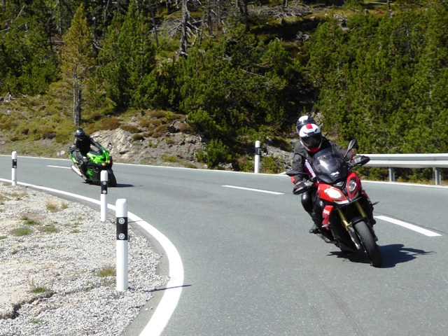 Steve & Kirsty on their BMW S1000XR