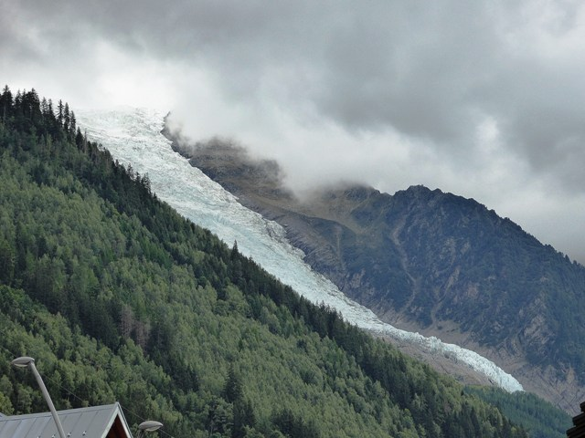 Mont Blanc is hidden