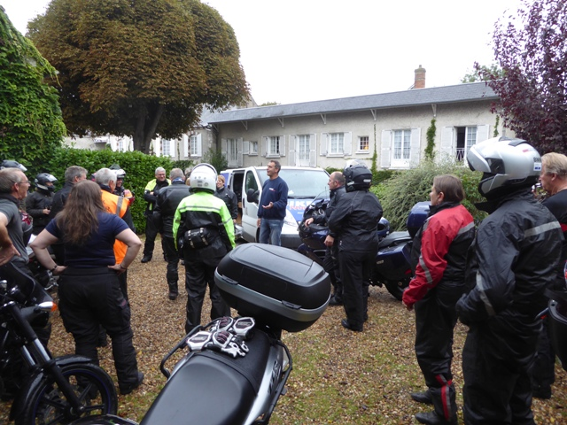 And that's it...our final morning briefing after which several guests make their own way home. The remainder finish the tour at Le Havre.