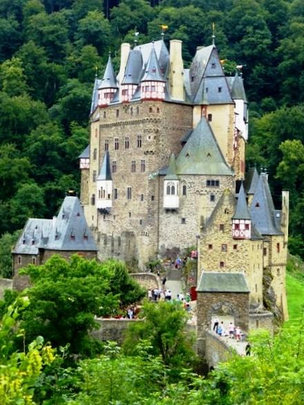 Fairytale Burg Eltz Castle