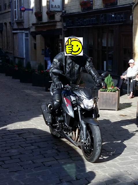 Smiley on his Suzuki GSXS 750