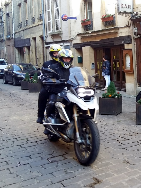 Mark & Rachel on their BMW R1200 GS