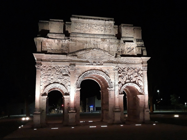 See the original Arc de Triomphe