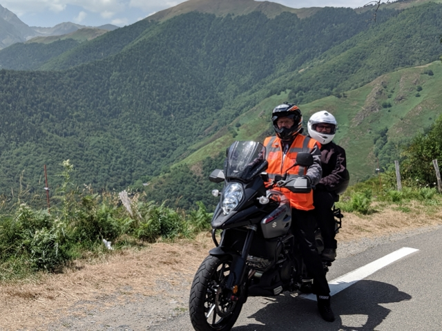 Ken & Sue on V-Strom 1000 (thanks Simon)