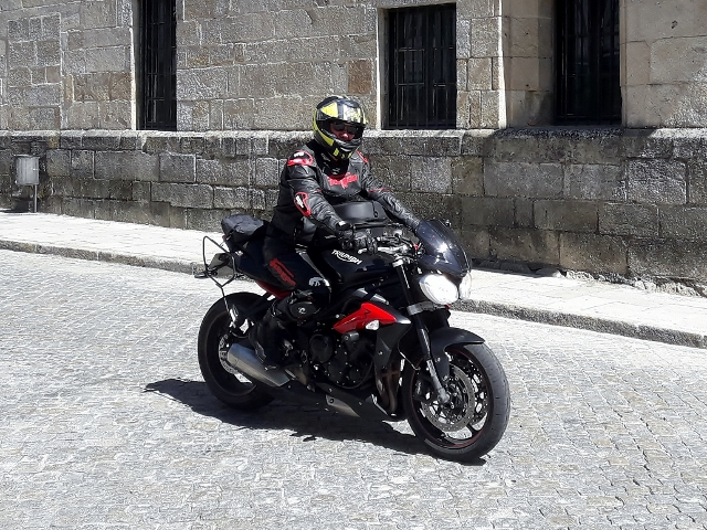 Iain's also on a Street Triple R
