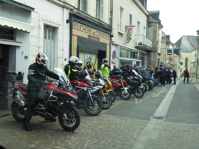 All lined up at coffee stop