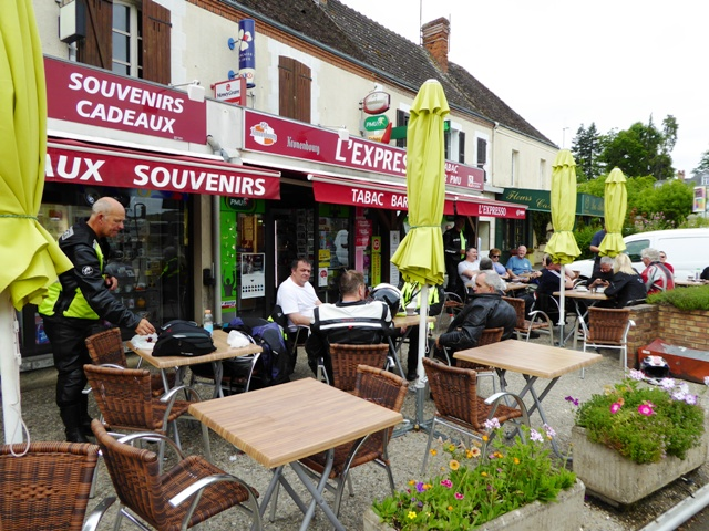 Coffee stop - all in the same cafe!!