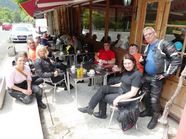 We cross into Spain for coffee stop