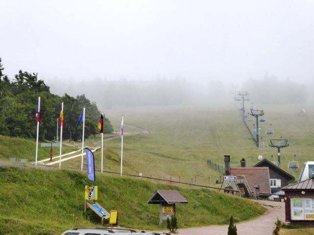 Rain in the Vosges closes the surprise