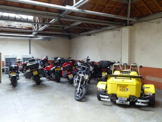 Secure garage parking at Epinal