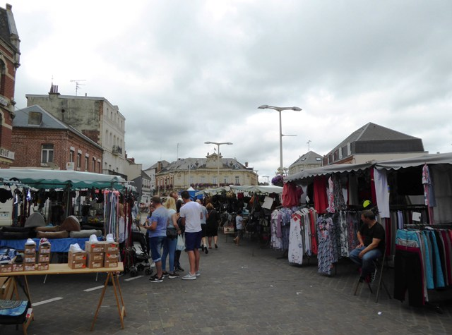 A street market at lunch stop