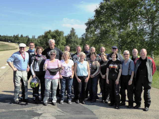 The group at the end of the B500 (minus Chris (broken-down BMW!!!) and Darryl still playing on the B500!). ANOTHER fab tour, good riding and a great mix of regular & new guests made for a really fun tour.