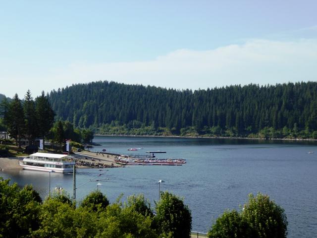 Fab setting near the lake