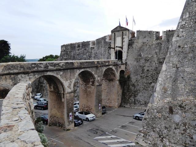 Walk around the Citadel