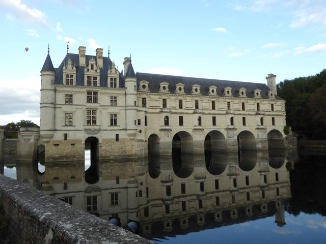 Although not our Chateaux Tour this is well worth a visit!