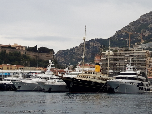 See all the yachts