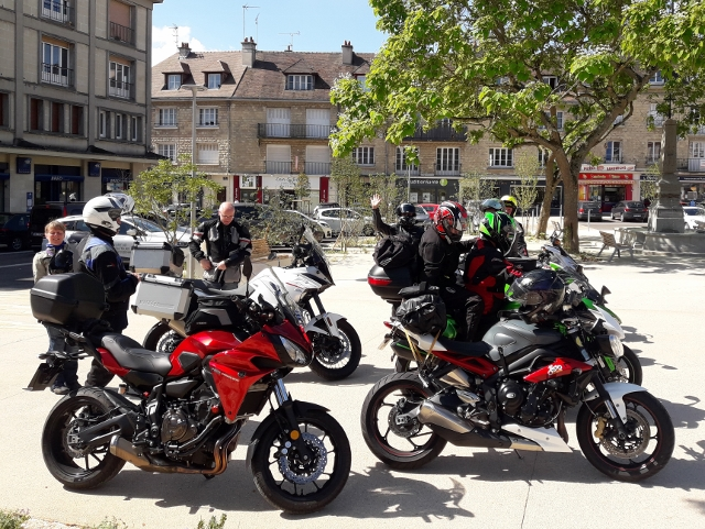 Bikes at coffee stop